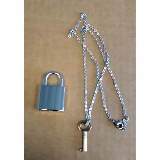 PERSONALISED Engraved PADLOCK With key on CHAIN.